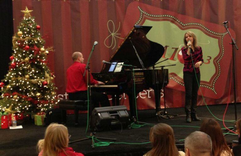 Jason-Brenda-Burch-2012-Concert